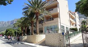 Hotel Neptun s bazénem 3* - Gradac
