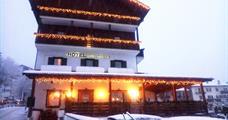 Hotel Alla Rocca *** léto
