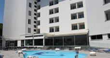 Apartmány a vilky Giulivo s bazénem IT – Baia Domizia