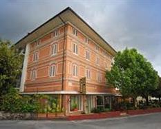 Hotel Casa Rossa Resort s bazénem PIG – Montecatini Terme ***