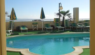 Hotel Ave 3* s bazénem PIG