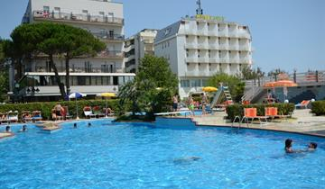 Hotel City s bazénem PIG – Milano Marittima