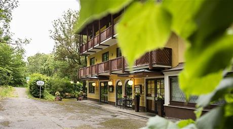 Parkhotel Zur Klause s bazénem – Bad Hall
