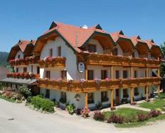 Hotel Gfrerer-Lipp Feldkirchen – Feldkirchen léto ***