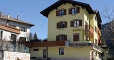 Hotel Aurora 3* PIG  léto - Molveno