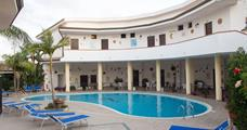Hotel Incoronato 3* s bazénem PIG - Capo Vaticano