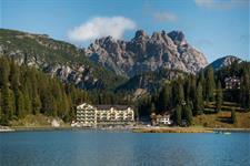 Grand Hotel Misurina 4* s bazénem - Jezero Misurina