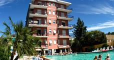 Rezidence Perla Marina s bazénem MB- Pietra Ligure