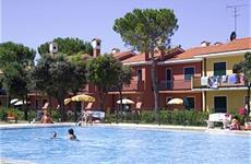 Villaggio Michelangelo s bazénem AG– Bibione Spiaggia