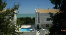 Rezidence Cerrano Park Resort s bazénem CER- Pineto