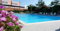Rezidence Felix s bazénem DI– Ricadi
