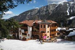 Hotel Garni Dal Bracconiere - Folgarida