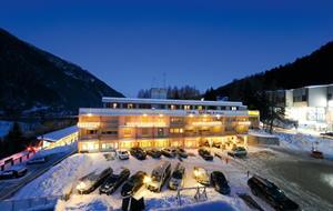 Hotel Sporting Ravelli S - Marilleva 900
