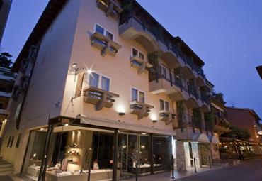 Hotel Mavino