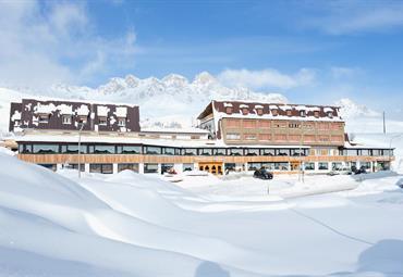 Hotel ArnikaS- Passo San Pellegrino