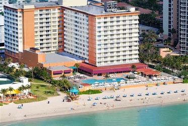 Hotel Marco Polo Ramada Beach