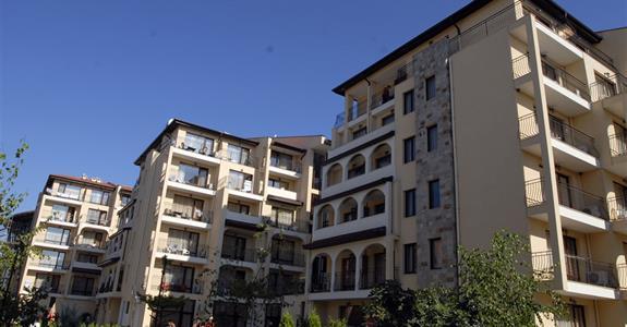 Rose Village Aparthotel