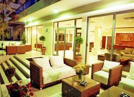 Hotel Angela Suites